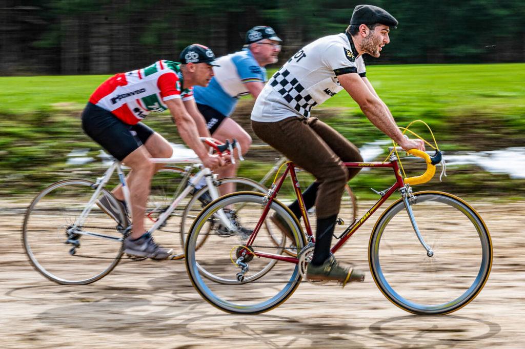 Radfahrer auf Strecke